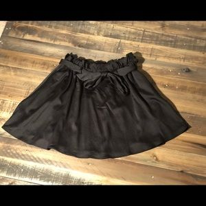 """""""Paper bag"""" topped skirt from H&M"""